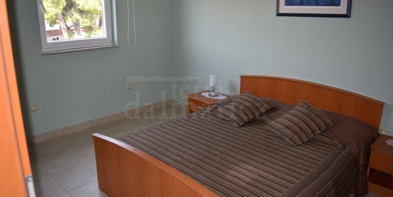 5.room-of-apartment-first-row.to.the-sea