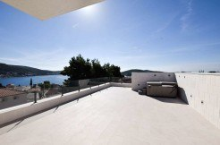 rogoznica-apartment-whit-roof-terrace