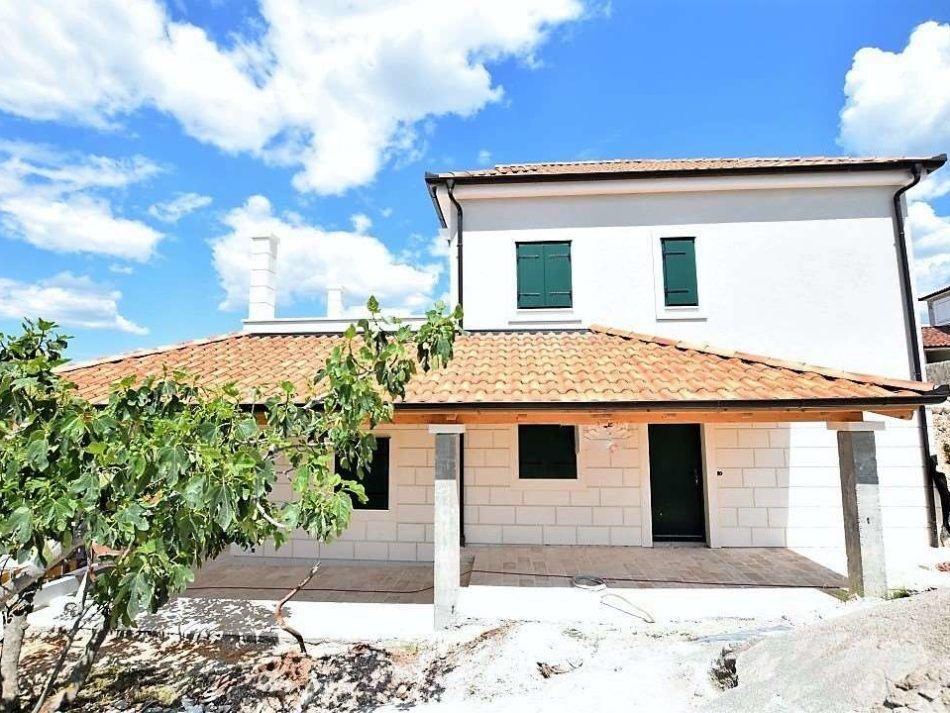 For Sale A Villa With Swimming Pool Real Estate Croatia