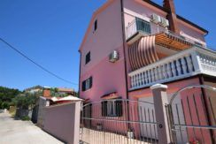 Nice house in the center of Vodice
